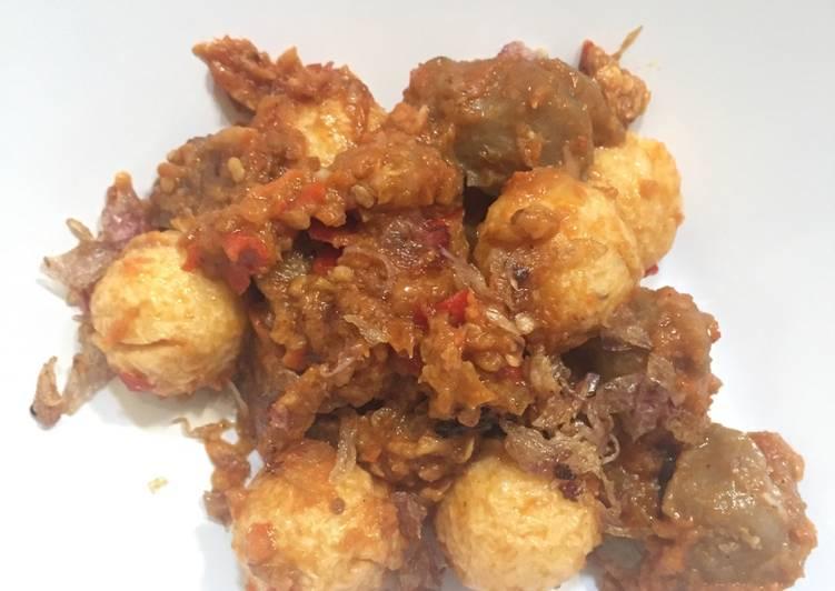 Bakso goreng seuhah(pedas)