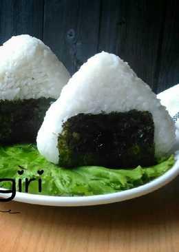 Onigiri (nasi kepal) #pr_asianfood