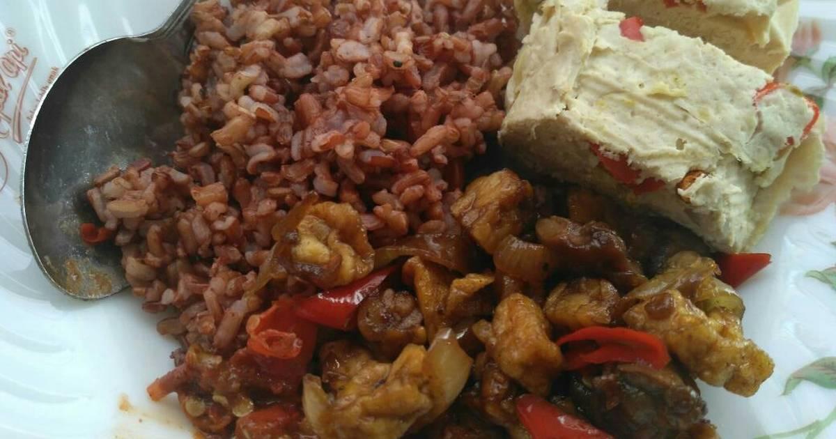 Aneka Makanan Tradisional dengan Tempe Busuk di Dalamnya