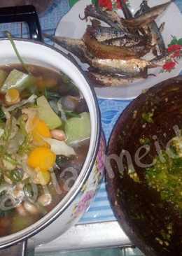 Sayur Bening kencur + Sambal goreng + Ikan asin