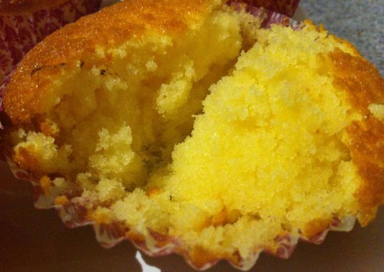 bahan dan cara membuat Cupcakes super lembut