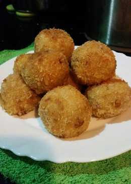 Potato ball isi daging ayam