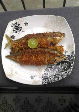 Ikan gembung goreng bumbu