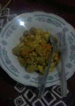 Oseng bakso sayuran(sawi,wortel,jagung muda) Leeezzzzattt😄😄