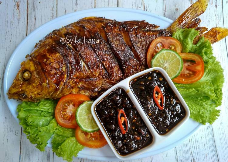 Resep Ikan mas bakar sambal kecap By Mama Syifa Hana