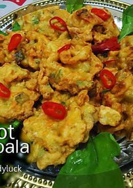 21. Bakwan Carrot Bala-bala