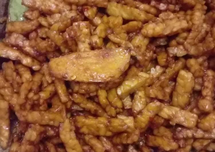 Tempe orek pendamping nasi uduk