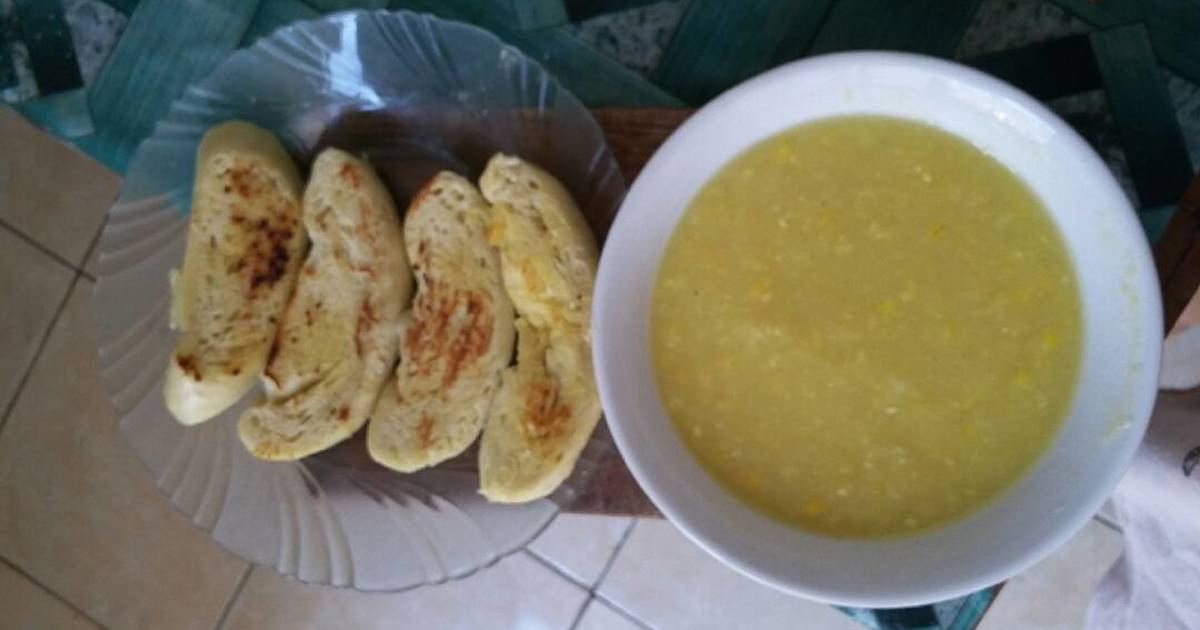 resep simple creamy corn soup with garlic bread oleh