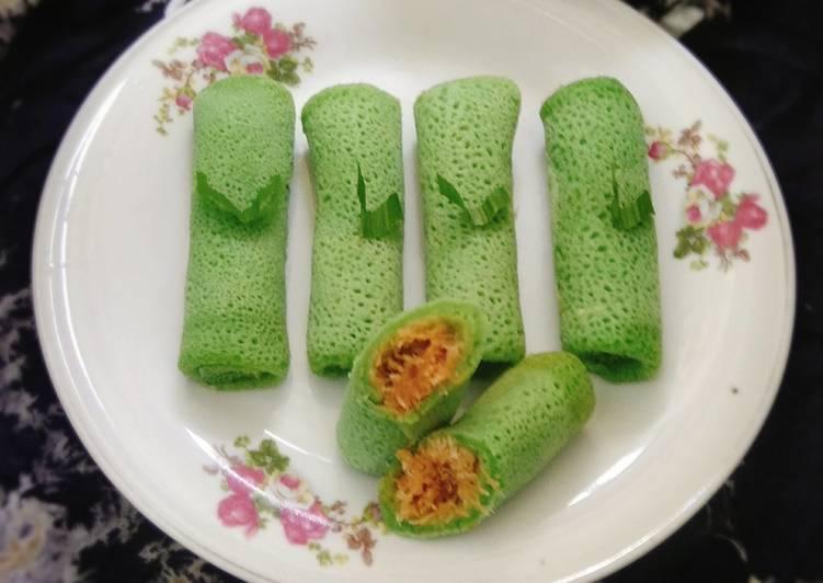 gambar untuk resep makanan Dadar Gulung Imoet Isi Kelapa