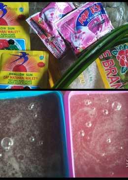 Agar agar swallow pop ice strawberry anti gagal