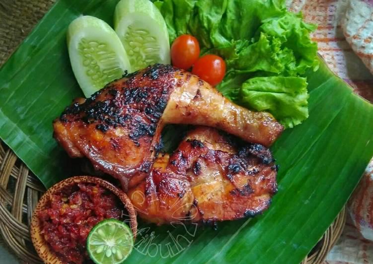 Hasil gambar untuk Ayam Bakar Solo