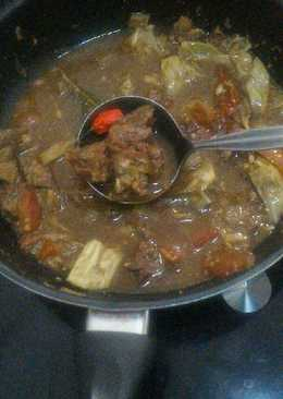 Simple Sweet Beef Curry (Tongseng)