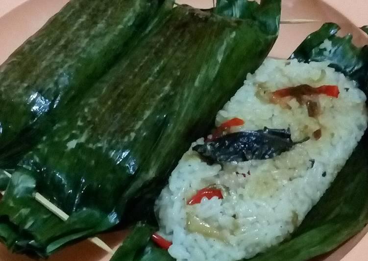 Gambar Nasi Bakar Ikan Peda Gambar Makanan