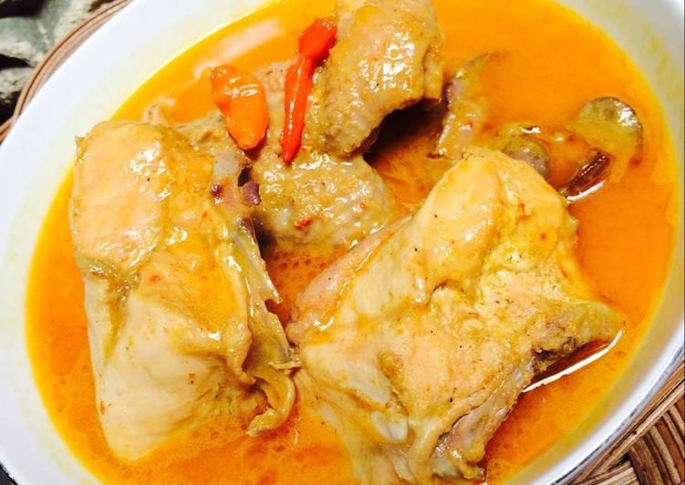 Gulai Ayam Khas Minangpadang