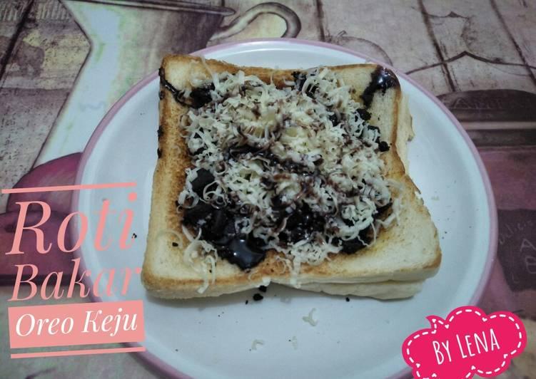 Roti Bakar Oreo Keju