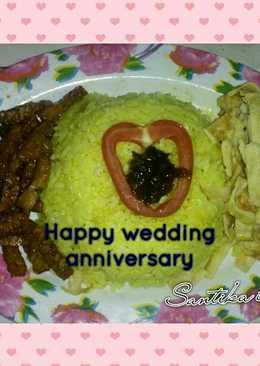 Nasi kuning anniversary (mejikom)