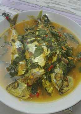 Ikan asam kuah kuning