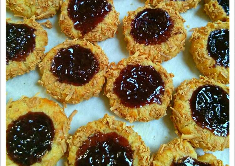 Resep Blueberry Cheese Cookies Dari esty linggarsih