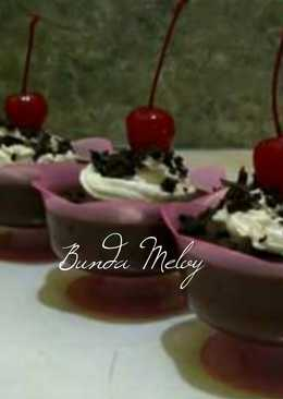 PUDDING BLACKFOREST in CUP