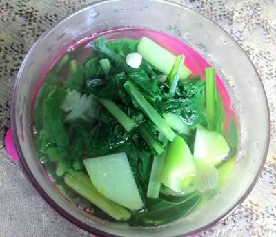 Sayur bening Sabu (sawi+labu siam)