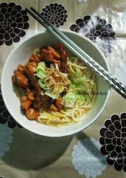 Mie Ayam (pakai minyak ayam)
