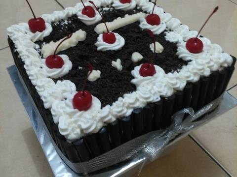 Resep BLACKFOREST cake Mudah oleh ida idot Resep BLACKFOREST cake Mudah - ida idot