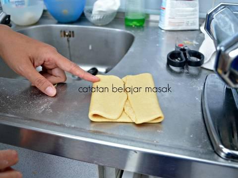 Mie Buatan Sendiri yang Jempolan recipe step 5 photo