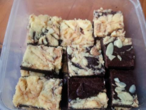 Frozen Cream Cheese Marble Brownies recipe step 9 photo