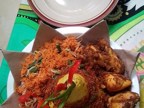 Resep Nasi Tumpeng Khas Banten Oleh Amel Karmachameleon Cookpad