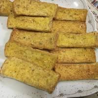 ขนมปังกรอบเนยกระเทียม ด้วยหม้ออบลมร้อน