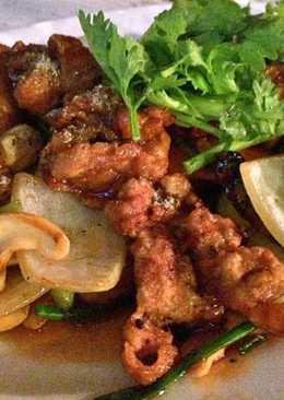 ไก่ผัดเม็ดมะม่วงหิมพานต์