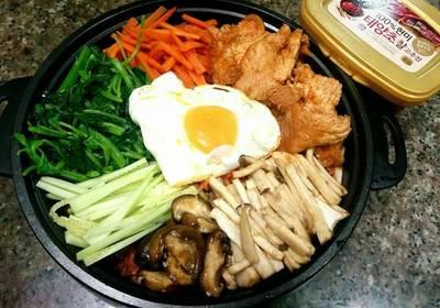 ข้าวยำเกาหลี บิบิมบับ