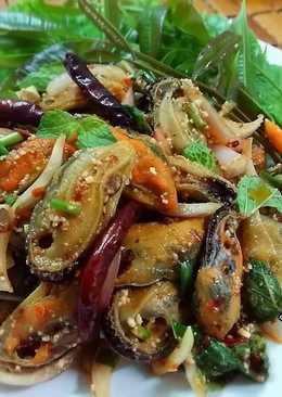 ลาบหอยแมลงภู่ โดย.ทำครัวง่ายๆbyจุไรรัตน์
