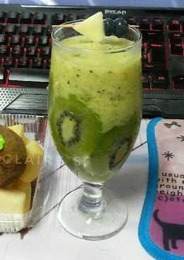 แอปเปิ้ลกีวีสมูทตี้ (ต้านไข้หวัดและเรียกความสดชื่น)