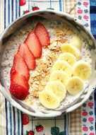Strawberry banana Overnight oatmeal อาหารเช้าคลีน