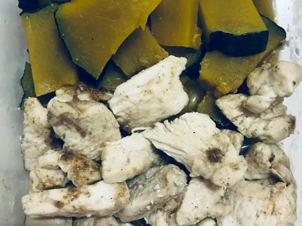 อกไก่กับฟักทองอบไมโครเวฟ