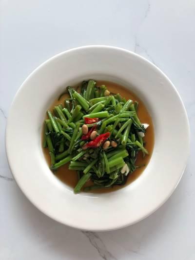 ผัดผักบุ้งไฟแดง 🌶🌱 #อาหารไทยง่ายๆ