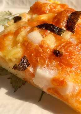 พิซซ่าเมนไทโกะและโมจิ もち明太子ピザ