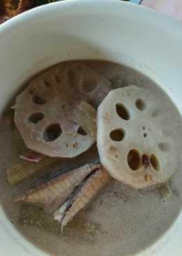 ต้มกะทิสายบัวปลาทู