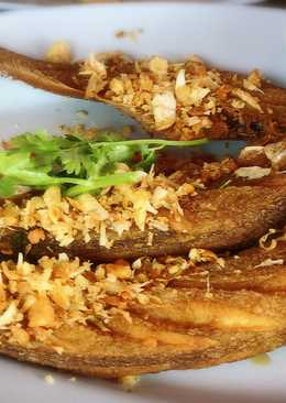 ปลาเนื้ออ่อนทอดกระเทียมคั่ว#จานนี้ดีกินแล้วรวย
