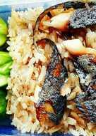 ข้าวคลุกน้ำพริกกะปิปลาทูย่าง #งบ60บาท