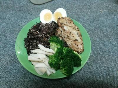 สเต็กอกไก่พริกไทยดำด้วยหม้ออบลมร้อน โปรตีนสูง ไขมันต่ำ