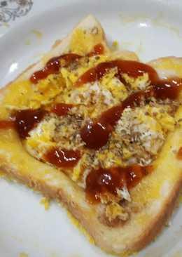 ขนมปังกรอบไข่เจียว สูตรไมโครเวฟ