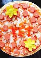 Pizza xúc xích bò khô xé sợi