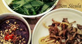 Hình ảnh món Nấm Bào Ngư nướng Ngũ vị cuốn bánh tráng (Món Chay)