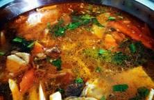 Nước lẩu kimchi với rau củ mài (siêu dễ)