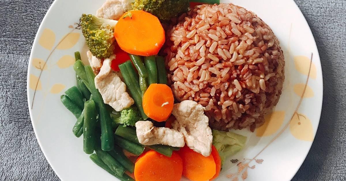 Cơm gạo lức - Thịt xào đậu que