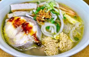 Bánh canh cá sứa Nha Trang (bột gạo)