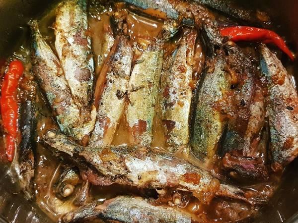 Cá nục kho nước mía