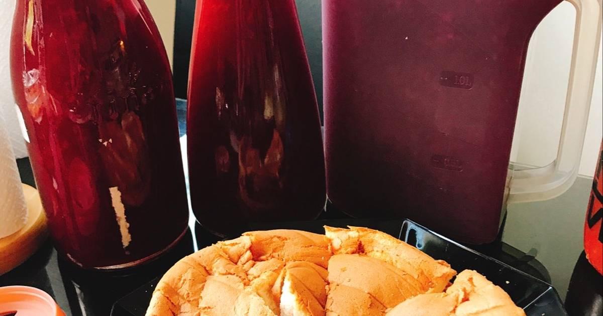 Nước cherry và cốt bánh bông lan cherry